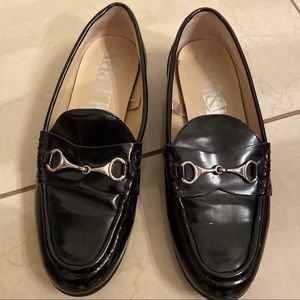 Sam & Libby loafers w silver front buckle detail